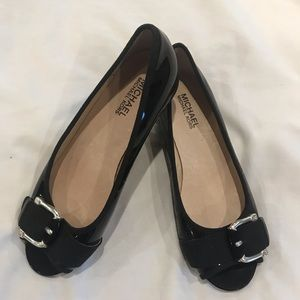 Women's new Michael Kors black shoes 5 1/2M